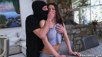 Escritorio do sexo com vagabunda fodendo com ladrão