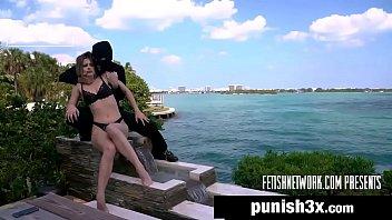 Porno novo com vagabunda transando com bandido na piscina