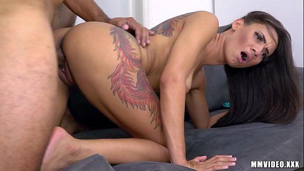 Video de sexo grátis com brasileira dando o cu