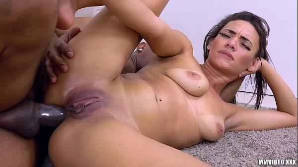 X vi de os morena brasileira sexy dando cu